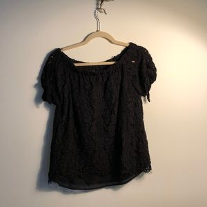 Lulu's lace black top